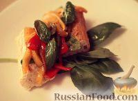 Фото к рецепту: Салат из перца на гренках