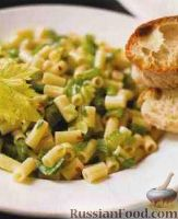 Фото к рецепту: Паста с сельдереем