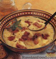 Фото к рецепту: Гороховый суп с перловкой и сельдереем