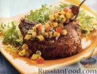 Фото к рецепту: Свиные стейки с манговой сальсой
