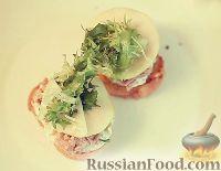 Фото к рецепту: Сэндвичи с тунцом и яблоком