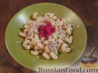 Фото к рецепту: Паста с лососем и икрой