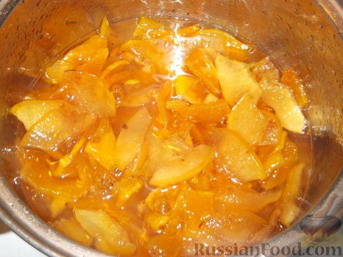 Фото приготовления рецепта: Варенье-минутка из тыквы и айвы - шаг №6