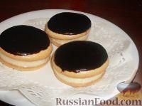 Фото к рецепту: Пирожное «Буше», глазированное шоколадом