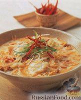 Фото к рецепту: Тайский рыбный суп с рисовой лапшой