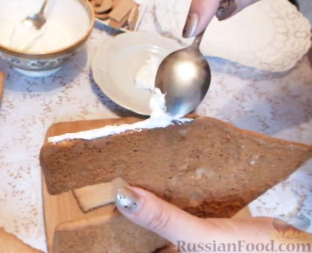 Фото приготовления рецепта: Пирожки с яйцом и зелёным луком (в духовке) - шаг №10