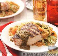 Фото к рецепту: Жареная рыба-меч с пряным соусом
