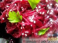 Фото к рецепту: Салат из свеклы по-корейски