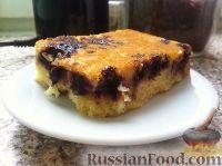 Фото к рецепту: Ягодный пирог с кукурузной мукой