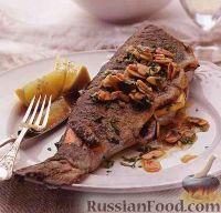Фото к рецепту: Жареная форель с миндальным соусом