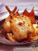 Фото к рецепту: Жареная курица с картофелем и грушами
