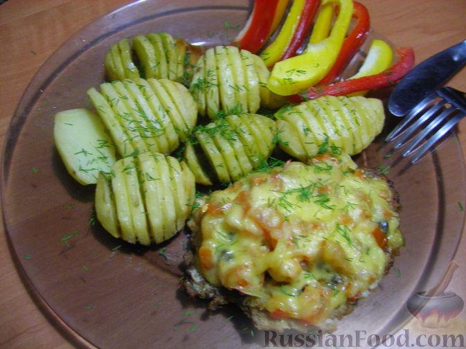 Рецепт Свинные отбивные с грибами и ароматным картофелем