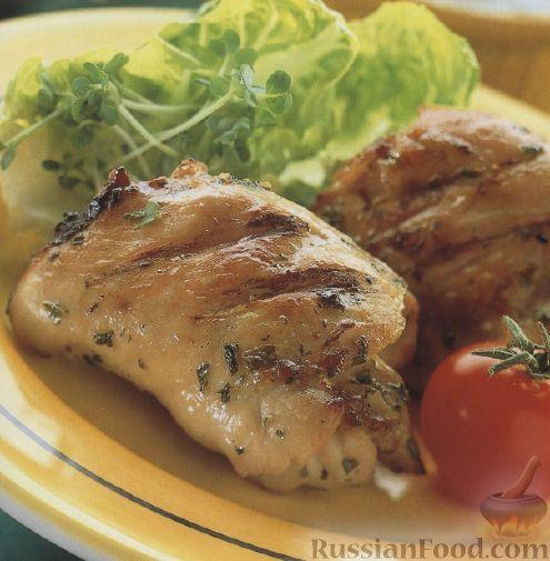 Рецепт Жареные куриные бедрышки с мятным соусом