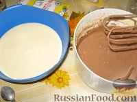 """Фото приготовления рецепта: Торт """"Зебра"""" - шаг №6"""