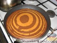 """Фото приготовления рецепта: Торт """"Зебра"""" - шаг №10"""