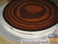 """Фото приготовления рецепта: Торт """"Зебра"""" - шаг №11"""