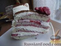 Фото к рецепту: Клубничный торт по мотивам Тирамису