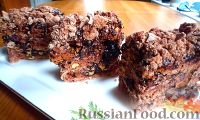 Фото к рецепту: Шоколадные птифуры безе с орехами