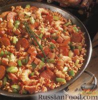 Фото к рецепту: Джамбалайя с копченостями и креветками