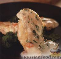 Фото к рецепту: Жареное куриное филе под нежным сливочным соусом