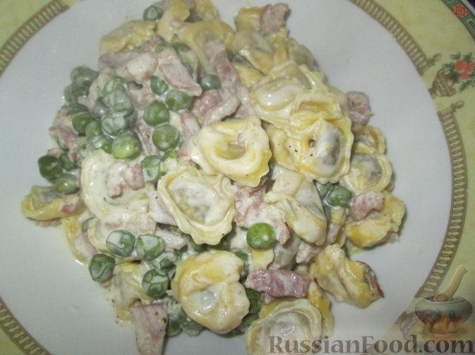 Фото приготовления рецепта: Фриттата с лососем и брюссельской капустой - шаг №12