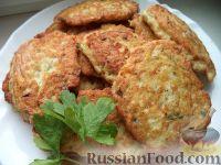Фото к рецепту: Куриные котлетки с сыром и укропом
