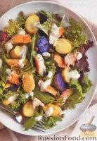 Фото к рецепту: Салат с картофелем и форелью