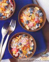 Фото к рецепту: Пшеничная каша со свежими ягодами