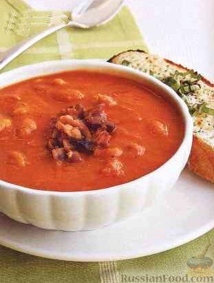 суп с грибами и фасолью на мясном бульоне