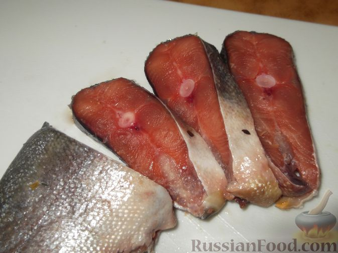 Посмотреть новогодние салаты и их рецепты из рыбы
