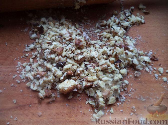 Фото приготовления рецепта: Салат «Гранатовый браслет» - шаг №5
