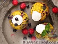 Фото к рецепту: Маффины с отрубями и черной смородиной