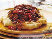 Фото к рецепту: Мясо, тушенное в медленноварке