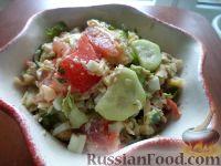 Фото к рецепту: Салат из печени трески с овощами