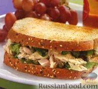 Фото к рецепту: Бутерброд с тунцом и шпинатом