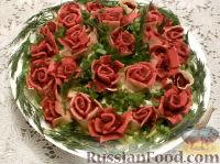 """Фото к рецепту: Селедка под шубой с """"розами"""""""