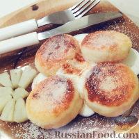 Фото к рецепту: Сырники-пампушки