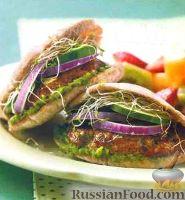 Фото к рецепту: Бургеры c котлетой из баранины