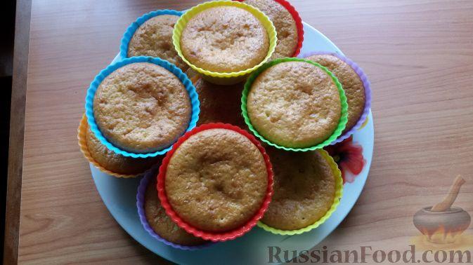 Фото приготовления рецепта: Конфеты из печенья, с финиками и грецкими орехами - шаг №7