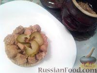 Фото к рецепту: Курица с рисом в горшочках