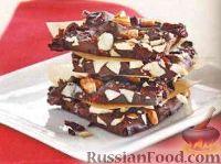 Фото к рецепту: Шоколадные конфеты с орехами и вишней