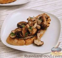 Фото к рецепту: Гренки с грибами