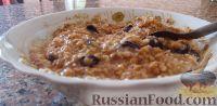 Фото к рецепту: Овсяная каша с корицей и изюмом