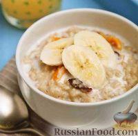 Фото к рецепту: Овсянка с сухофруктами и орехами
