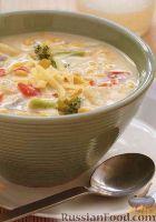 Фото к рецепту: Овощной суп с кукурузой и сыром