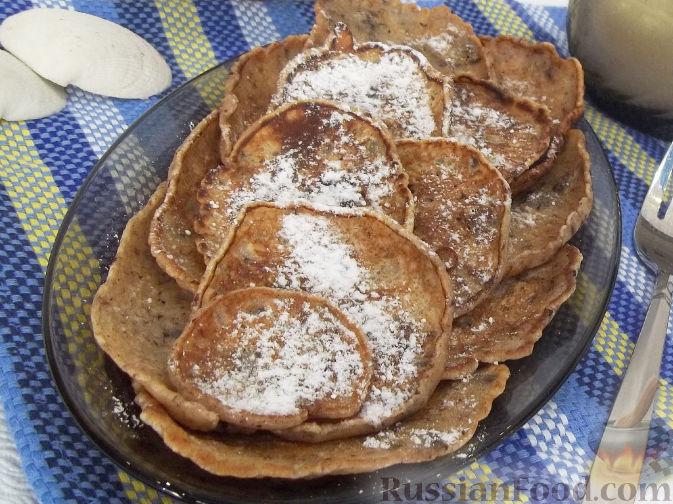 Фото приготовления рецепта: Дрожжевые пирожки с пекинской капустой, рисом и яйцами - шаг №9