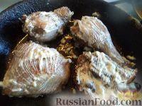 Фото приготовления рецепта: Жареные куриные окорочка - шаг №10