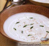 Фото к рецепту: Суп-пюре вишисуаз со сметаной