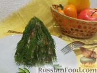 Фото к рецепту: Оливье со свежим огурцом и копченостями