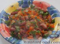 Фото к рецепту: Фасоль, тушенная в томатном соусе